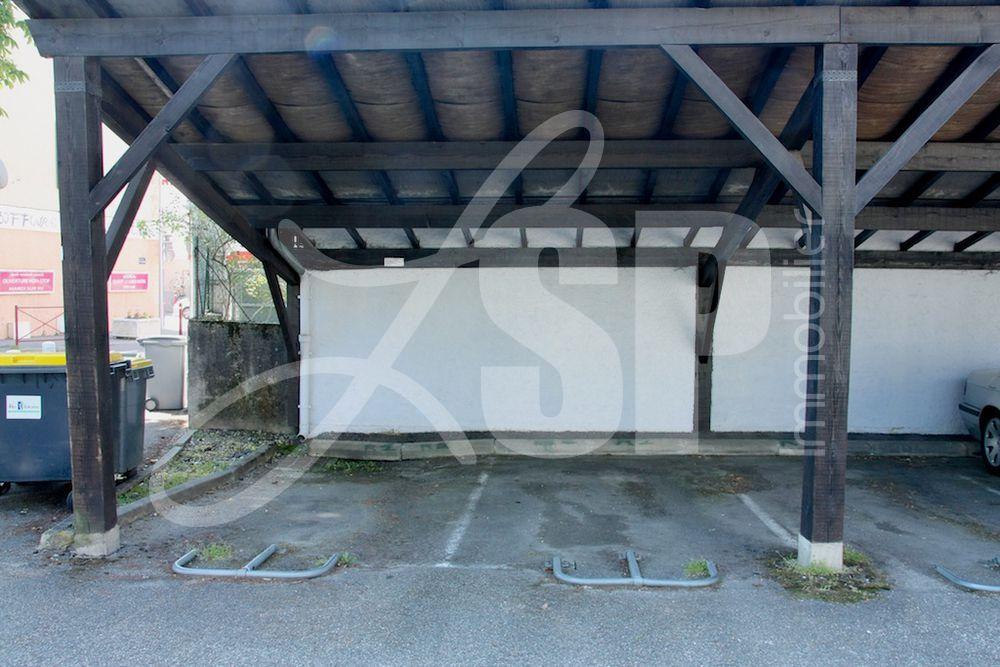 abri voiture box garage vendre rives 38 5500 eur lsp immobilier rives. Black Bedroom Furniture Sets. Home Design Ideas