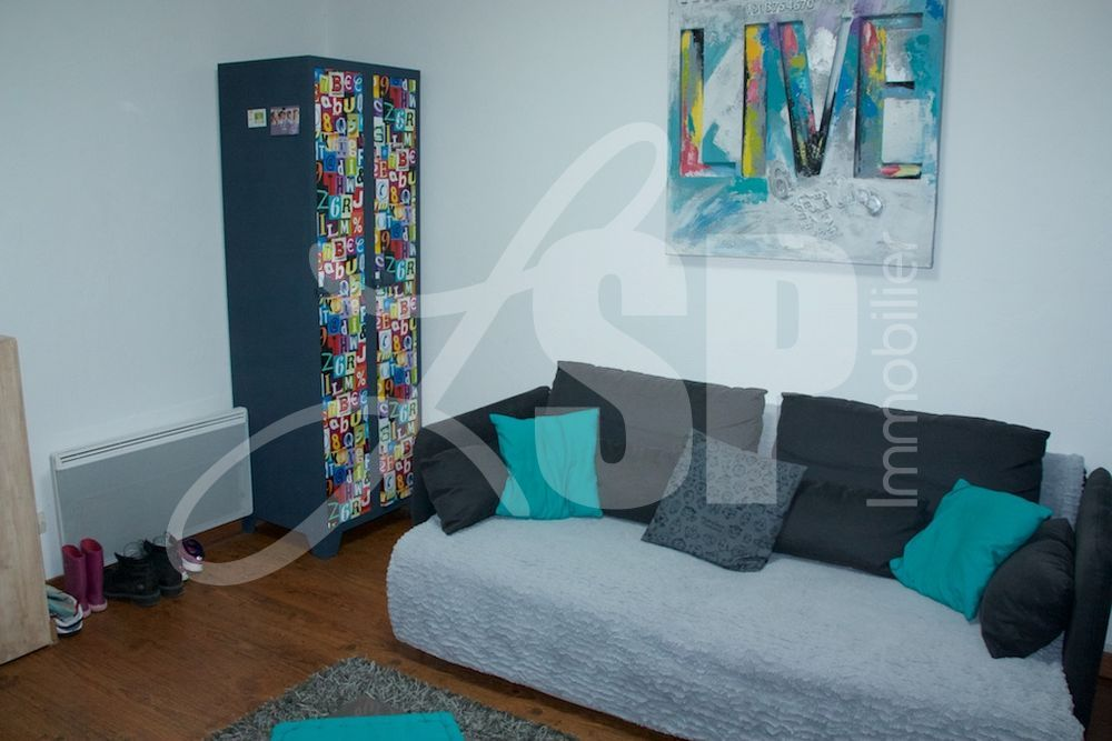 appartement t2bis appartement vendre voiron 38. Black Bedroom Furniture Sets. Home Design Ideas
